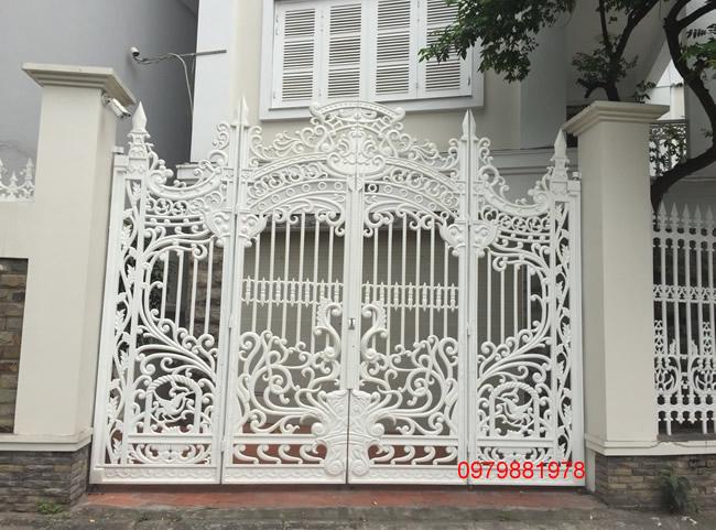 Cổng nhôm đúc - C0041